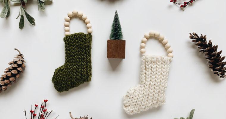 Free Crochet Pattern // Beaded Mini Stocking