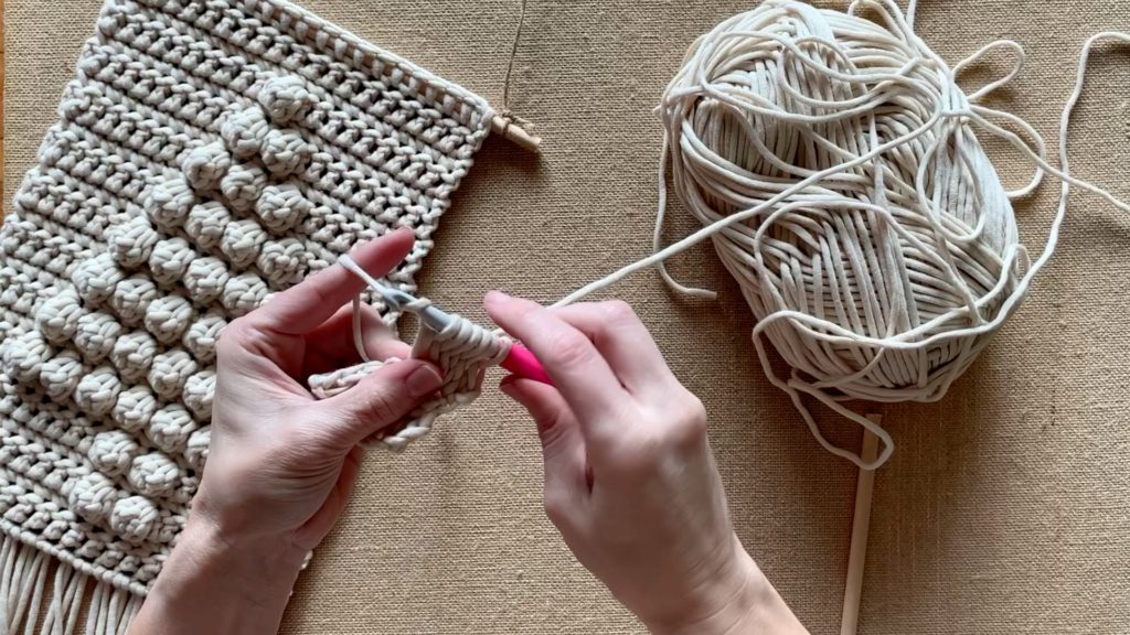 How to create the bobble stitch for the crochet Christmas tree wall hanging.